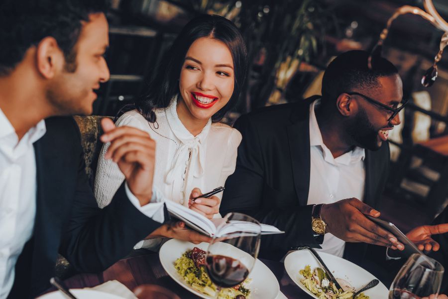 restaurants and fine dining in the area