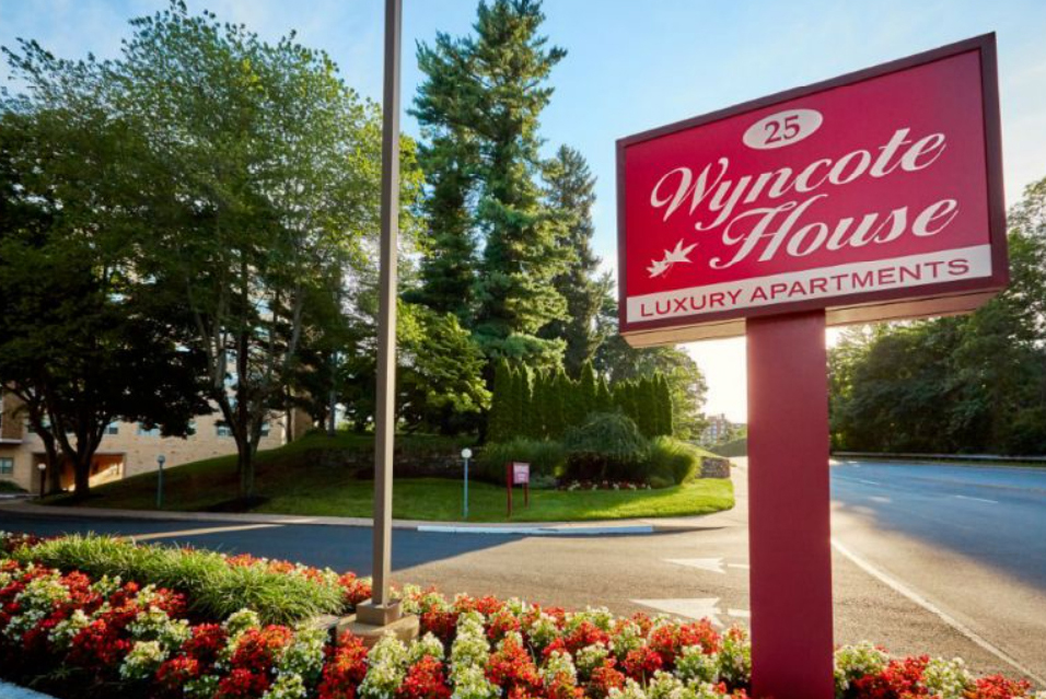 Wyncote House Apartments sign